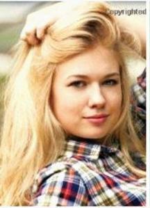 Blond Anne